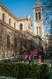 Children;Church;Churches;Kaleidos;Kaleidos-images;Paris;Places-of-worship;Play;Playgrounds;Tarek-Charara