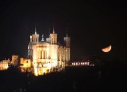 Basilique-de-Fourvière;Basilica-of-Fourvière;Basilika-von-Fourvière;Bas'lica-de-Fourvière;Basilica-di-Fourvière;lune;luna;lua;moon;Mond;nuit;notte;Nacht;night;noche;noite;Lugdunum