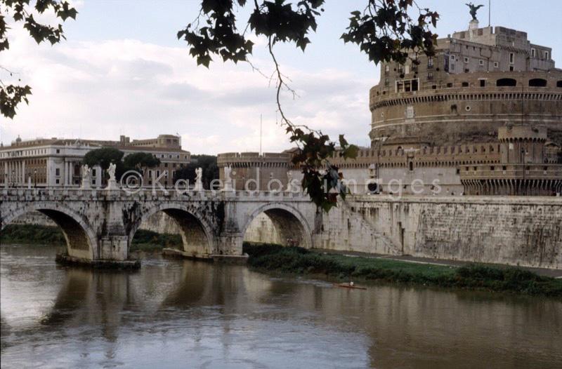 World Heritage;Patrimonio mondiale;Patrimonio Mundial;Weltweites Kulturgut;Patrimoine Mondial;castelo;castello;castillo;Schloss;castle;château;ponte;puente;Brücke;bridge;pont