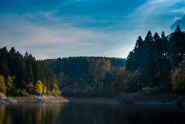 Colors;Colours;Dam;Kaleidos;Kaleidos-images;Landscapes;Tarek-Charara;Forrests;Light;Trees;Water;Lakes;Fall