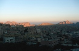 Tarek-Charara;Kaleidos;Kaleïdos;Dörfer;Dord;Villages;Sonnenaufgang;Sunrise;Lever-de-soleil;Morgen;Morning;Matin;Berge;Montains;Montagnes;Felsen;Rocks;Rochers;Naher-Osten;Naher-Osten;Middle-East;Middle-East;Proche-Orient;Proche-Orient;Moyen-Orient;Moyen-Orient