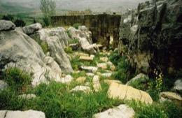 Faqra;Felsen;Geschichte;Heritage;Histoire;History;Kaleidos;Kaleidos-images;Kaleïdos;Kulturerbe;Middle-East;Middle-East;Moyen-Orient;Moyen-Orient;Naher-Osten;Naher-Osten;Patrimoine;Proche-Orient;Proche-Orient;Qalaat-Faqra;Rochers;Rocks;Romain;Roman;Ruinen;Ruines;Ruins;Römisch;Tarek-Charara